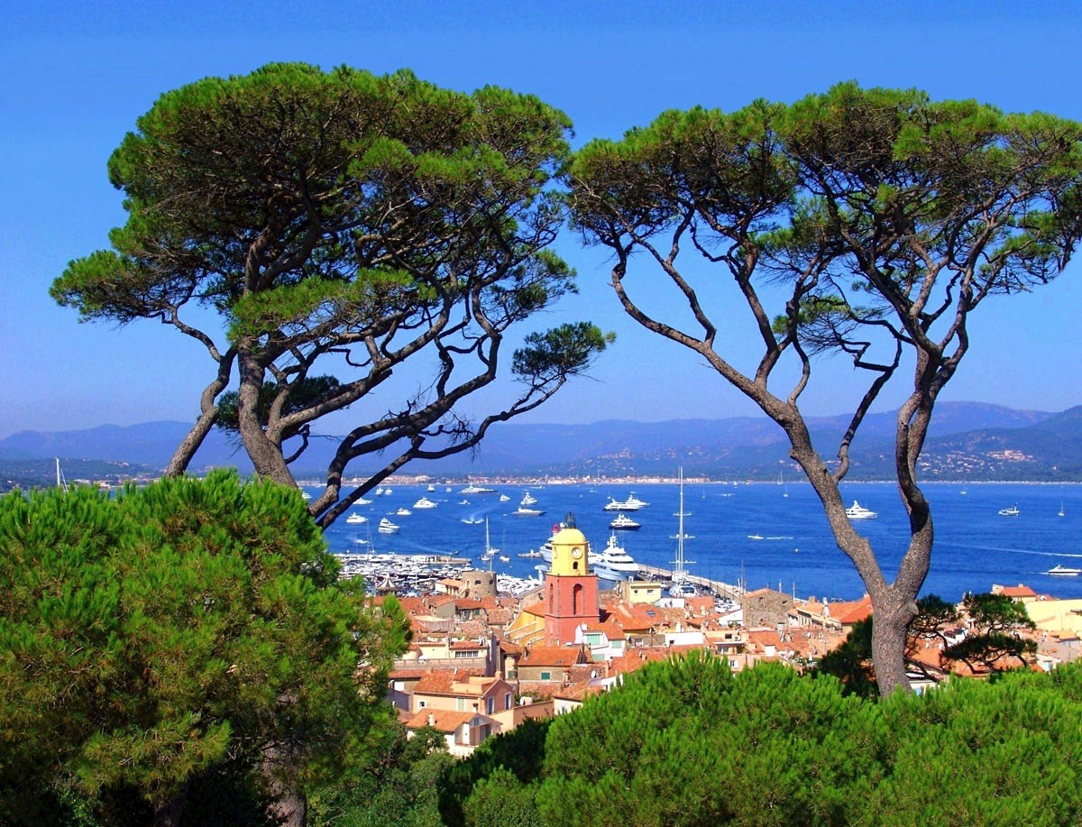 saint-tropez-village views from a villa