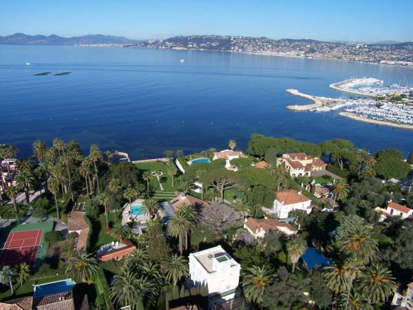 Arial views over the Cap d'Antibes
