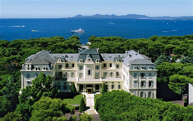 arial views over the hotel du cap