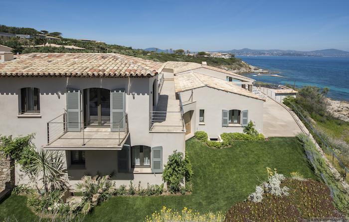 Villa for rent in St Tropez with 5 bedrooms, in 400 sqm of living area.