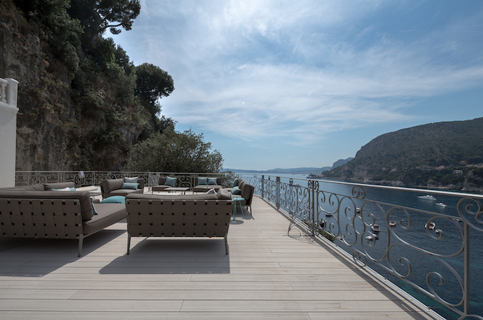 Villa for rent in Cap d'Ail with 7 bedrooms, in 588 sqm of living area.
