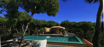 Villa for rent in Cap Ferrat - Villefranche with 7 bedrooms, in 700 sqm of living area.