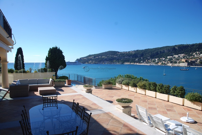 Villas to rent in Cap Ferrat - Villefranche, France - Over