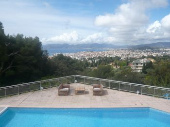 Villa for rent in Cannes - Super Cannes with 9 bedrooms, in  sqm of living area.