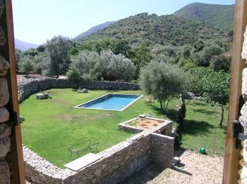 Villa for rent in CORSICA with 7 bedrooms, in  sqm of living area.