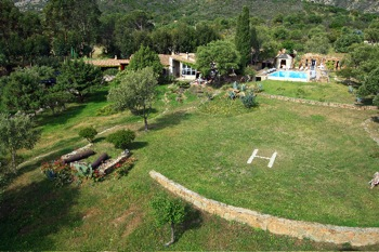 Villa for rent in CORSICA with 5 bedrooms, in  sqm of living area.