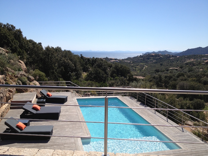 Villa for rent in CORSICA with 4 bedrooms, in 280 sqm of living area.
