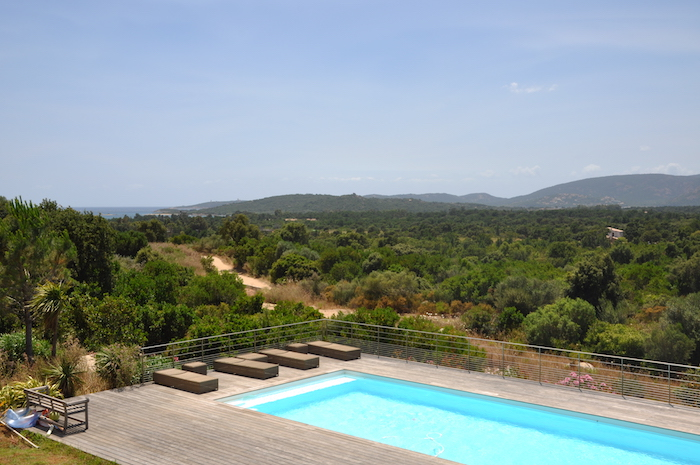 Villa for rent in CORSICA with 4 bedrooms, in 300 sqm of living area.
