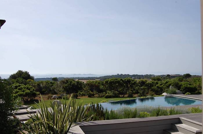 Villa for rent in CORSICA with 7 bedrooms, in 450 sqm of living area.