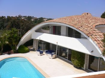 Villa for rent in Cannes - Super Cannes with 6 bedrooms, in 450 sqm of living area.
