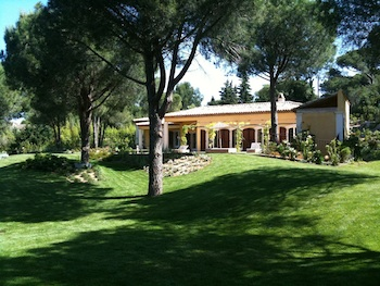 Villa for sale in St Tropez with 4 bedrooms, in 265 sqm of living area