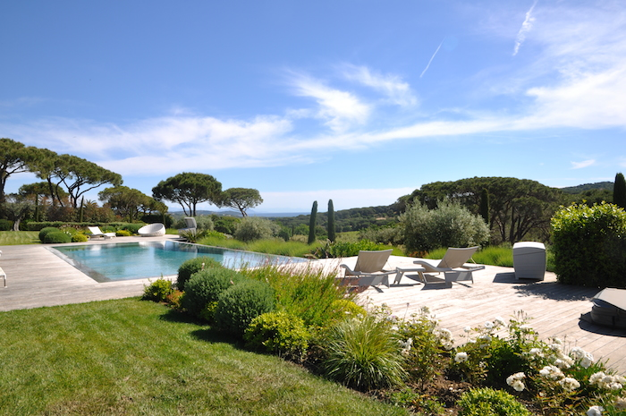 Villa for rent in St Tropez with 6 bedrooms, in 420 sqm of living area.