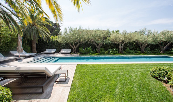 Villa for rent in St Tropez with 6 bedrooms, in 400 sqm of living area.
