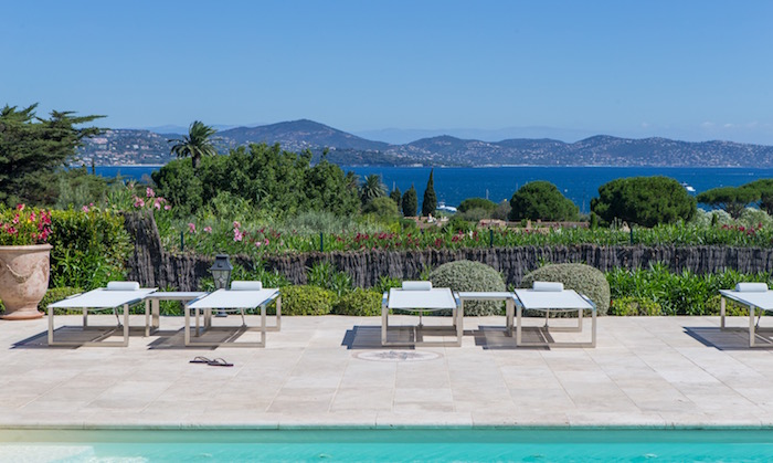 Villa for rent in St Tropez with 4 bedrooms, in 320 sqm of living area.