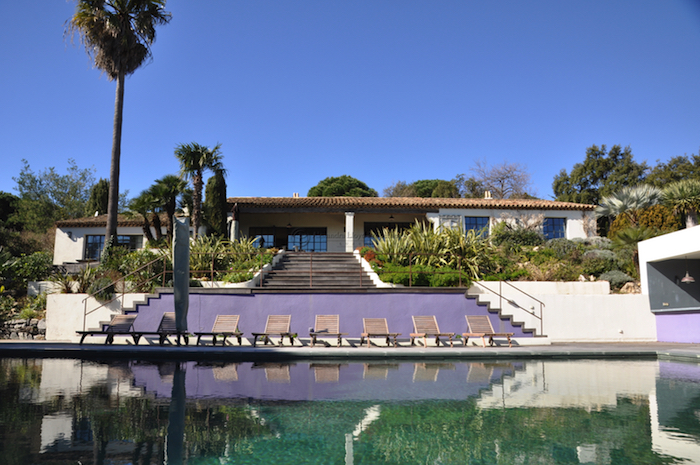 Villa for rent in St Tropez with 8 bedrooms, in 350 sqm of living area.
