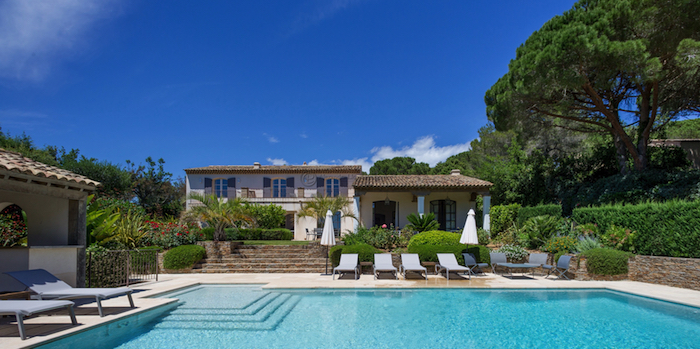 Villa for rent in St Tropez with 4 bedrooms, in 260 sqm of living area.