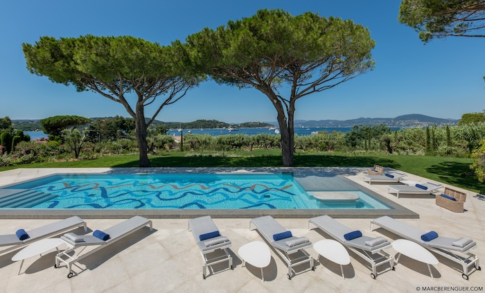 Villa for rent in St Tropez with 6 bedrooms, in 390 sqm of living area.