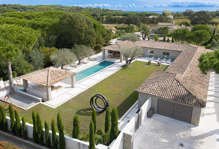Villa for rent in St Tropez with 8 bedrooms, in 500 sqm of living area.