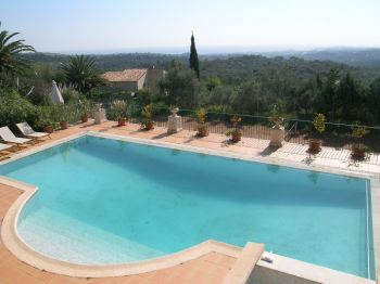 Villa for rent in Cannes - Super Cannes with 7 bedrooms, in  sqm of living area.