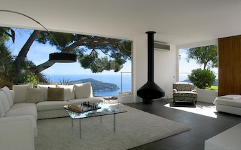 Villa for rent in Cap Ferrat - Villefranche with 5 bedrooms, in 350 sqm of living area.
