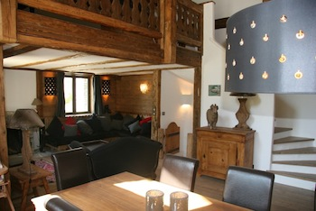 Chalet for rent in Val d'Isere with 4 bedrooms, in 220 sqm of living area.