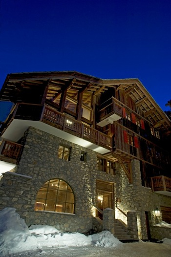Chalet for rent in Val d'Isere with 7 bedrooms, in 800 sqm of living area.