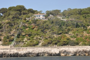 The most expensive village in the world – Cap Ferrat real estate